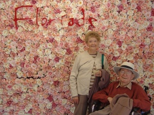 Main original image Betty and Bruce, Floriade 2006